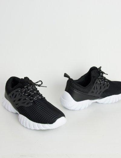 Ανδρικό αθλητικό μαύρο παπούτσι 85102W