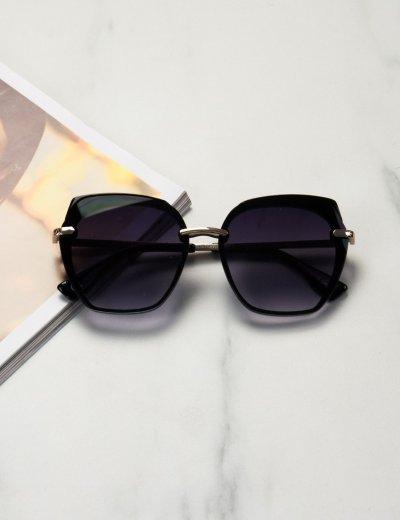 Γυναικεία μαύρα ντεγκραντέ γυαλιά ηλίου με μαύρο σκελετό Premium S1105