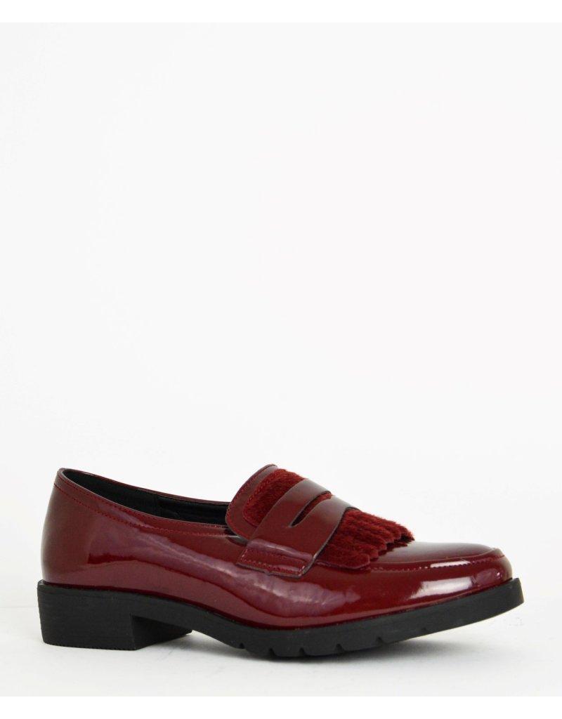 running shoes outlet store good selling Γυναικεία χαμηλά λουστρίνι loafers μπορντό με velvet κρόσια ...