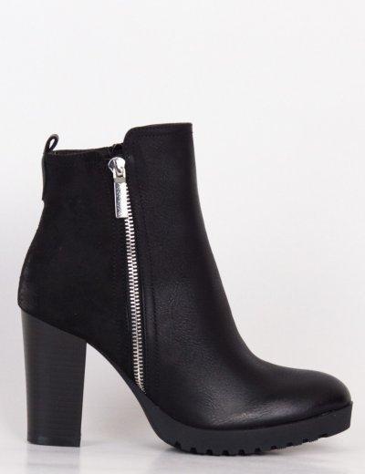 Γυναικεία μαύρα μποτάκια με χοντρό τακούνι και φερμουάρ C595