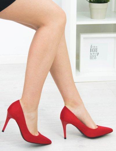 Γυναικείες κόκκινες μυτερές γόβες λεπτό τακούνι B79