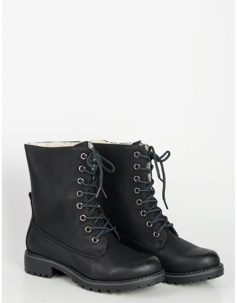 2f4f18159f7 Αυτές είναι οι κυριαρχες τάσεις στα γυναικεία παπούτσια φέτος